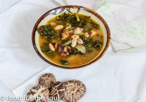 Kale and mushrrom soup2