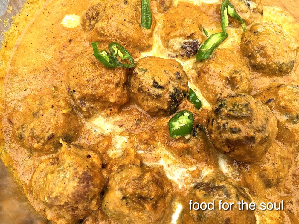 Tofu and Lauki Koftas in Cashew Curry