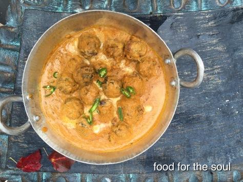 Tofu and Lauki Koftas in Cashew Curry